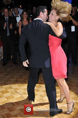 Matlin Voted Off Dancing With The Stars