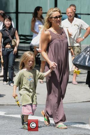 Kate Hudson takes her son Ryder Robinson to the playground New York City, USA - 03.08.08