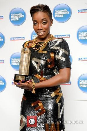 Estelle Leads Urban Music Awards With Five Nods