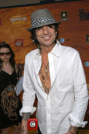 Tommy Lee Gives Up Meat For Pam