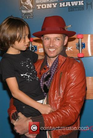 Scott Weiland and son Noah The Launch Party of the T-Mobile Sidekick LX Tony Hawk Edition - Arrivals Hollywood, California...