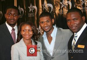 Usher Re-hires Mother