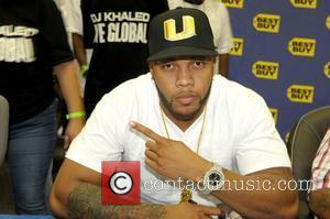 FLo Rida DJ Khaled signs copies of his new CD 'We Global' at BestBuy Pembroke Pines, Florida - 16.09.08