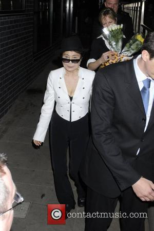 Yoko Ono 'Blackmailed'