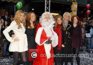 Girls Aloud Sign New Three-album Deal