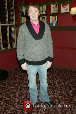 Clay Aiken Backs Victoria Huggins To Win American Idol