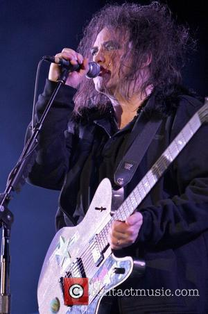 The Cure Ignore Curfew To Play Out 3hr Set