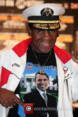 Cassius Green shows off his Barack Obama t shirt at a weigh in before Antonio Tarver and Chad Dawson's Light...