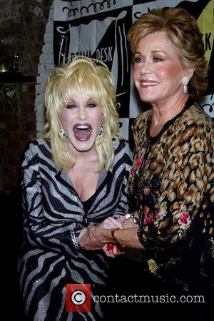 Parton Laments Simpson's Exit From Country Music