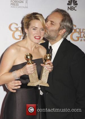 Winslet's Auntie Joy Overshadows Awards Win