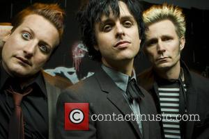 Green Day Have A Breakdown At The Top Of The U.s. Charts