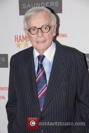 Author Dominick Dunne Loses Cancer Battle