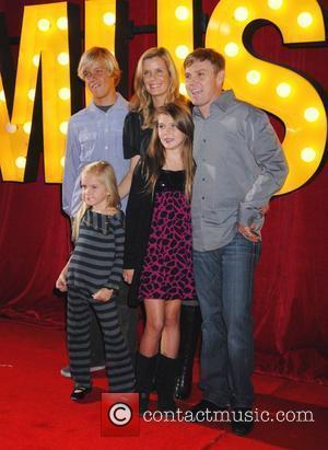 Ricky Schroder Reunites With Silver Spoons Co-stars At Comedy Roast