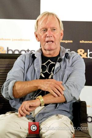 Paul Hogan To Return To Australia For Son's Wedding
