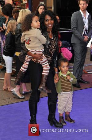 Cowell Nursing Sinitta Through Divorce