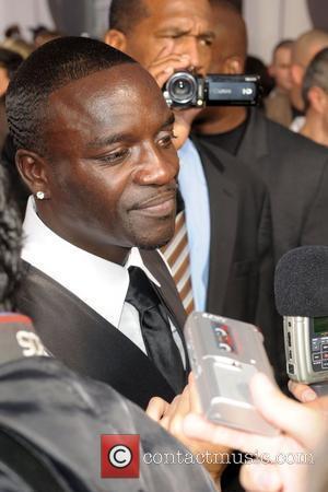 Akon Fathering Sixth Child?