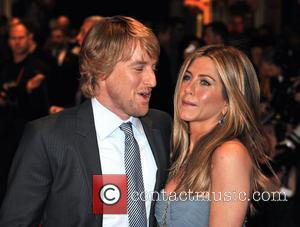 Owen Wilson and Jennifer Aniston Marley And Me - UK film premiere held at the Vue West End - Arrivals...