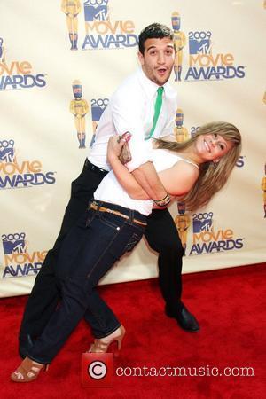 Mark Ballas & Shawn Johnson 2009 MTV Movie Awards held at the Gibson Amphitheatre - Arrivals Los Angeles, California -...