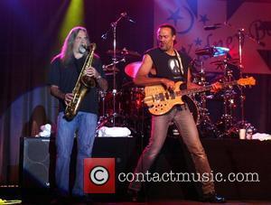 Tributes Flood In For Doobie Brothers Drummer Mike Hossack