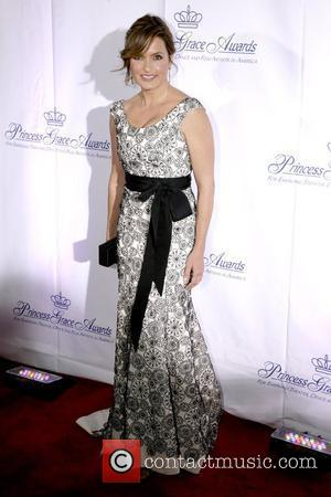 Hargitay Suffers Collapsed Lung