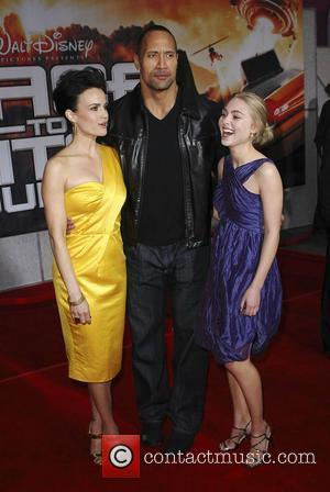 Carla Gugino, Anna Sophie Robb and Dwayne Johnson