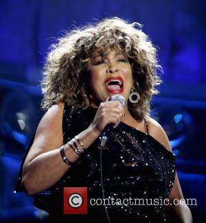 Tina Turner Mourns Sister's Death