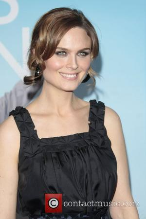 Emily Deschanel Los Angeles Premiere of 'Yes Man' held at the Mann Village Theatre - Arrivals Los Angeles, California -...