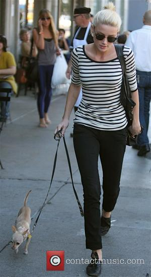 Amber Heard  heading for lunch to meet her friend at Jones in West Hollywood Los Angeles, California - 02.11.09