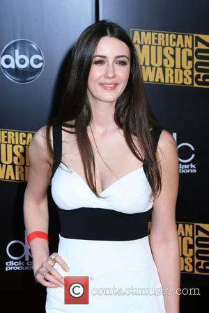 Madeline Zima 2009 American Music Awards - Arrivals held at the Nokia Theatre L.A. Live Los Angeles, California - 22.11.09