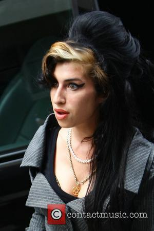 Amy Winehouse Befriended Burglar