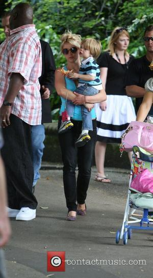 Britney Spears visits the London Zoo shop with son Jayden James London, England - 16.06.09