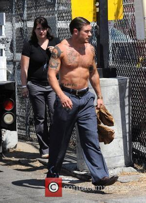 Tom Hardy filming on location Los Angeles, California - 09.09.09