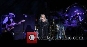 Lindsey Buckingham Shows Off New Material At Los Angeles Show