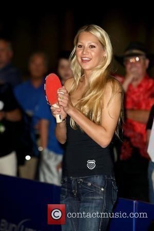 Kournikova Coy About Engagement Rumours