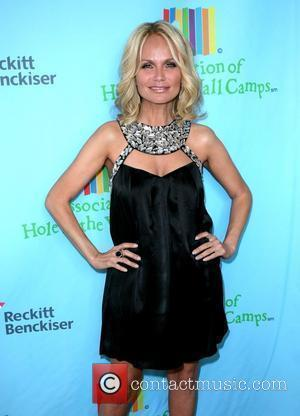 Chenoweth's Health Scare At Emmys