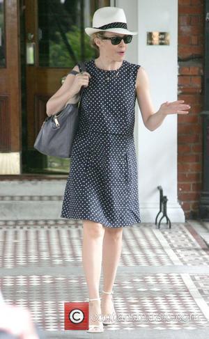Minogue Plans Golf Clothing Range