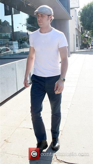 Gosling Dating Dexter's Murray?