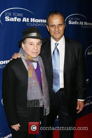 Simon & Garfunkel Show Up For Central Park Tribute