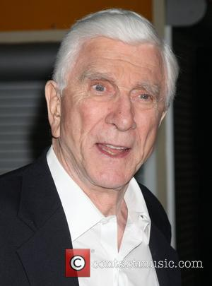 Leslie Nielsen Dies Aged 84 After Suffering From Pneumonia
