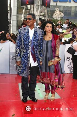 Jermaine Jackson and his wife Halima Rashid Michael Jackson's 'This Is It' Premiere at the Nokia Theatre - Arrivals Los...