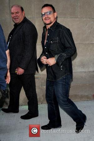 Bono Praises Obama In Newspaper Article