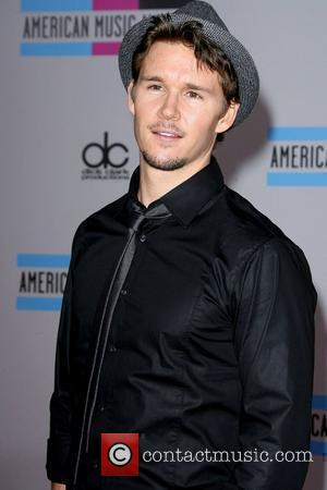 Kwanten Is Australia Gq's Man Of The Year