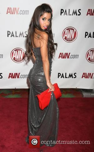Lupe Fuentes The AVN Awards 2011 held at the Palms Casino Resort - Arrivals Las Vegas, Nevada - 08.01.11