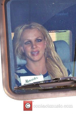 Britney Spears leaves a studio in North Hollywood Los Angeles, California - 13.01.11