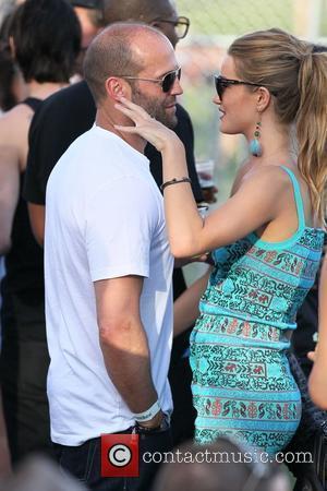 Lucas Denies Gyllenhaal Dating Rumours