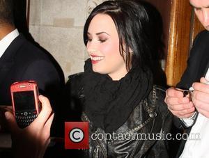 Lovato 'Ecstatic' Over Clarkson Meeting