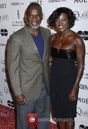 Davis Takes Aim At Young Hollywood