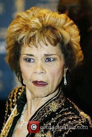 Etta James Remembered By Kelly Rowland, Kings Of Leon, Bryan Adams