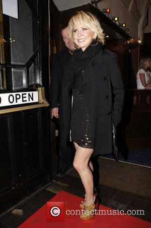 Lulu Gary Barlow's 40th birthday concert at the O2 Shepherds Bush Empire - outside arrivals London, England - 20.01.11