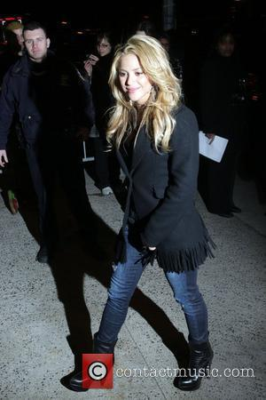 Shakira's She Wolf Tangled In Photo Lawsuit